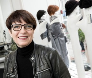Carina Erwin, parykspecialist i Danmarks førende parykatelier